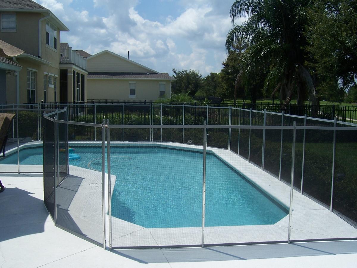 vedações de Piscina, segurança piscina, piscina segura